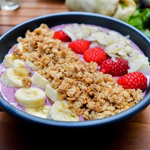 acai smoothie bowl